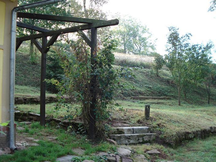 Ruim charmant vakantiehuis te koop op een rustig plekje for Huis te koop van eigen huis en tuin